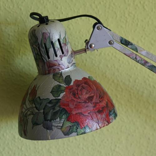 Schreibtischlampe Rose