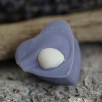 Lavendel-Herz mit Muschel