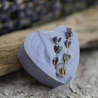 Lavendel-Herz mit Lavendelblüten