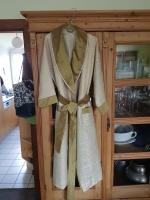 Gold-Cremefarbener Kimono