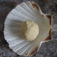 Zitronengras-Minze-Sprudelkugel